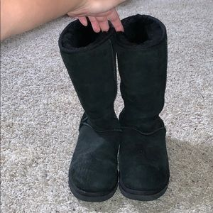 Size 8 black Ugg Boots-best offer accepted!